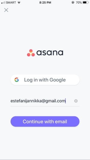 Login on iOS by Asana from UIGarage